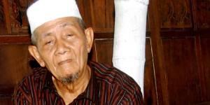 Kiai Penuh Karomah yang dekat Keluarga Gus Dur KH Husein Ilyas Mojokerto, Kiai Penuh Karomah yang dekat Keluarga Gus Dur